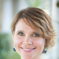 dr Joanna Lewczuk